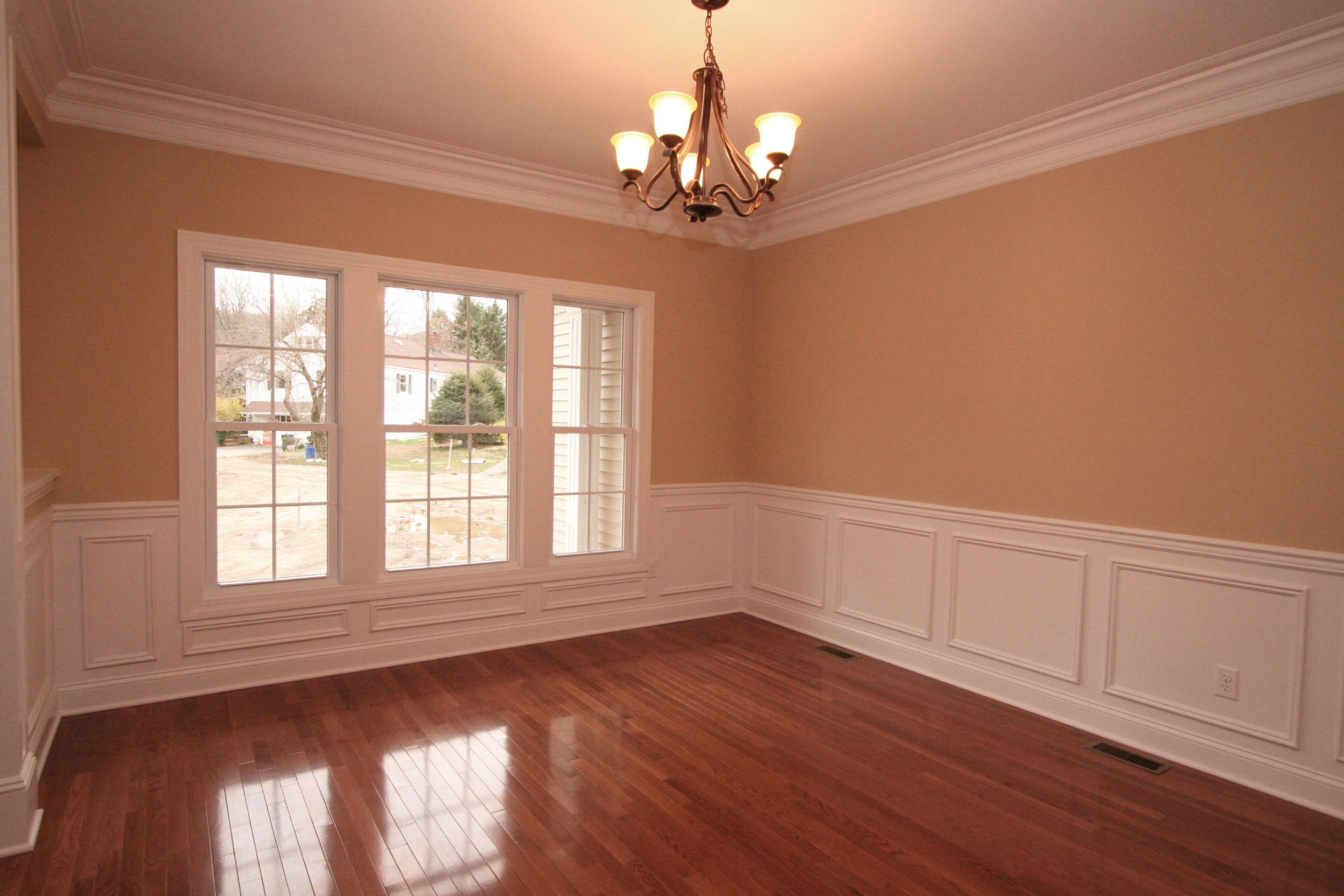Flooring moldings and ceiling tile installers in fort lauderdale dinrm2 dailygadgetfo Choice Image